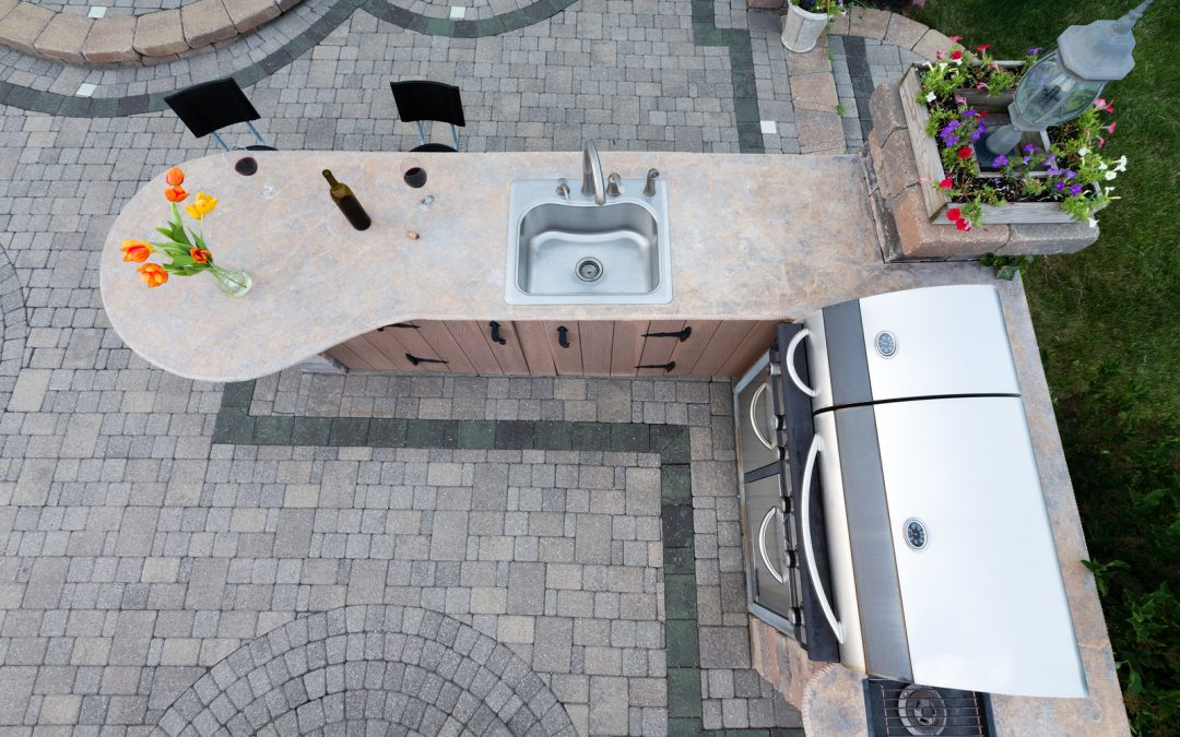 Are These the Perfect Outdoor Kitchen Appliances for You?