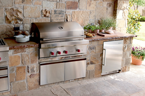 how to build and outdoor grill station