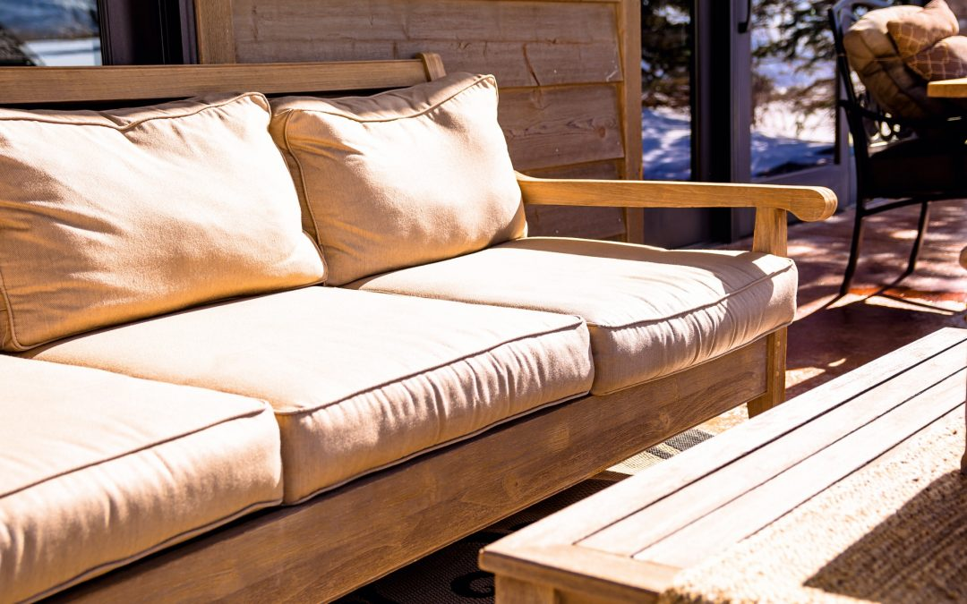A Guide to Choosing the Best Outdoor Furniture