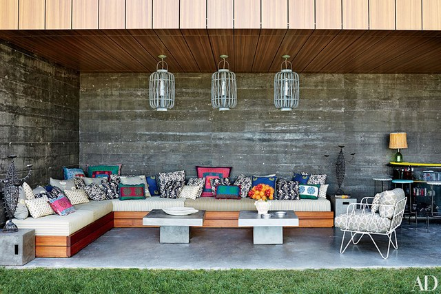 Dining Area Outdoor Fireplace